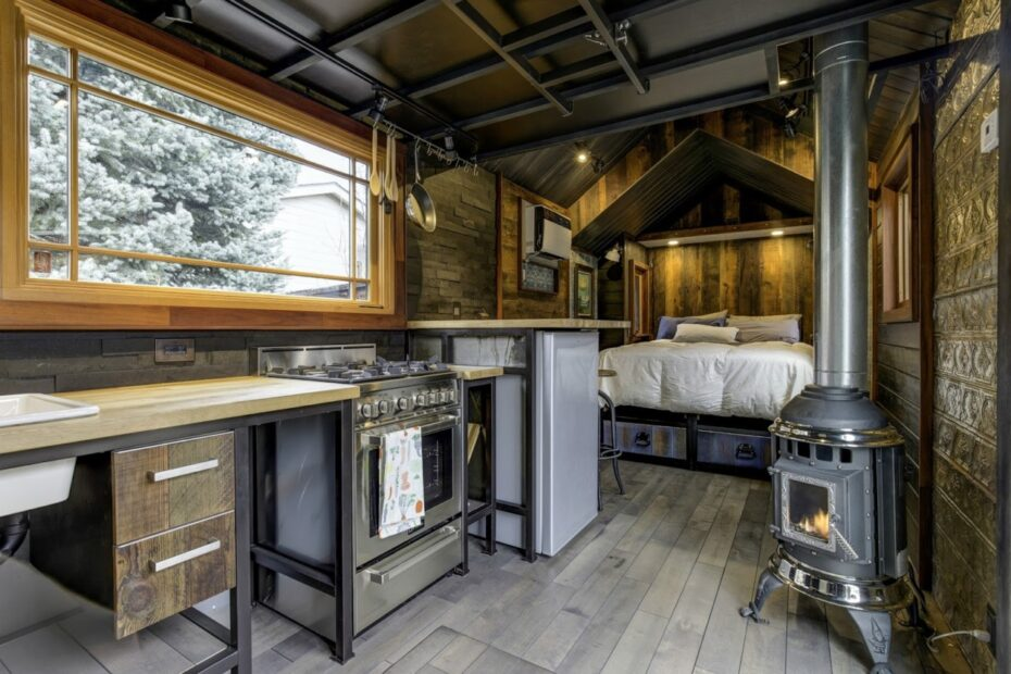 The Pros and Cons of Tiny Home Living